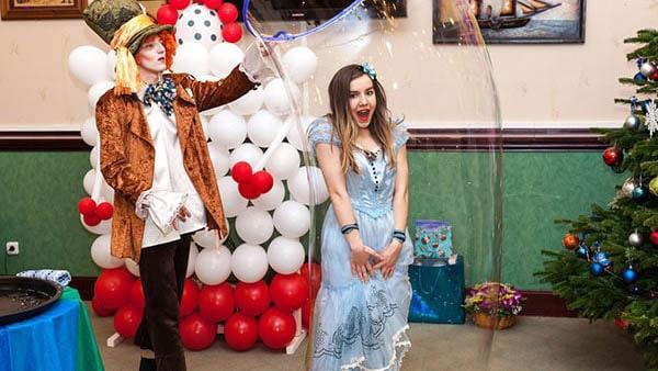 Аниматоры Алиса и Шляпник на выпускной в детский сад